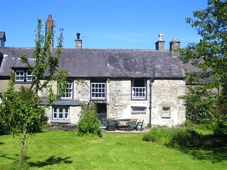 Plas Lligwy Cottage (WAI171), Moelfre