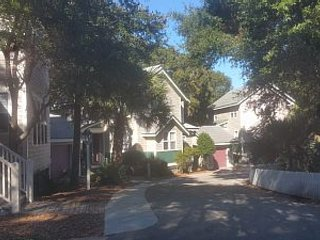Winter Couples Retreat - Maritime Forest - All Amenities (Golf) Available!, Bald Head Island
