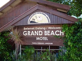 Grand Beach Motel - Room Family Quad (Terrace)
