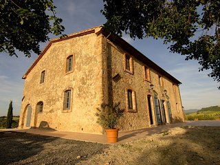 6 bedroom Villa in Guardistallo, Coast of the Etruscans, Tuscany, Italy : ref
