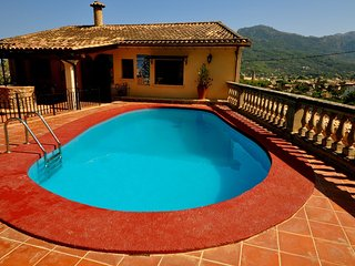 Can Domingo Unique and Private Villa, Magnificent views, pool, Free WIFI