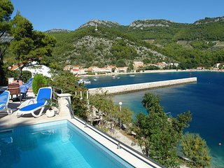 Villa Silencia-Two Bedroom Villa with Pool