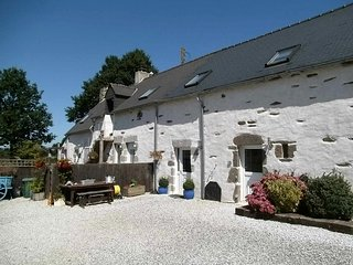 LE JARRIER - CHAMBRE D'HOTE / BED & BREAKFAST - ST GEORGES LE GAULTIER
