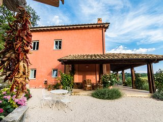 Il Casale delle Rose Large Villa close to Rome 4/10 guests