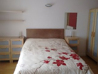Large double bedroom in quite house