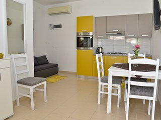 Apartments My Dream- Two Bedroom Apartment (Yellow Dream)