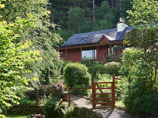 Hazelgrove Cottage, Loch Ness, Scottish Highlands, Foyers