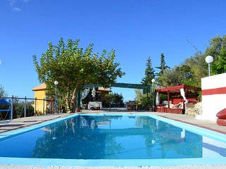 Margarita's Country House with Swimming Pool, Gouves