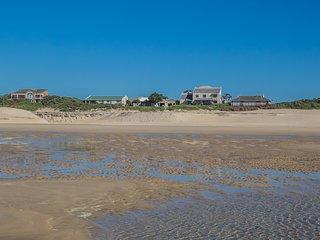 CostaPaLotza Cannon Rocks Beachfront Accommodation