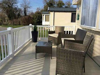 Delux 6 Birth Caravan - Haven 5* Holiday Village - Burnham On Sea