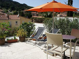 Apartment in Collioure France with private parking and terrace sleeps 2