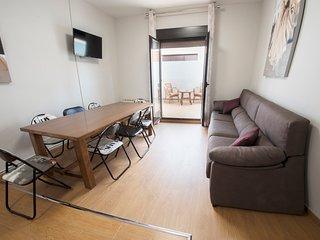 Nuevo apartamento, céntrico. En calle del Laurel.