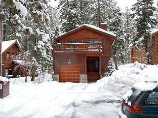 Agatam Lodge,10-20 Min N'star & Squaw,Walk to Dine, Tahoe Vista