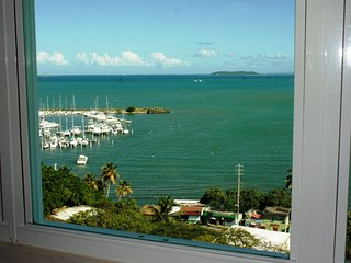 Special Offers at Breathtaking Ocean View Condo in a Luxury Condo Resort Wifi, Fajardo