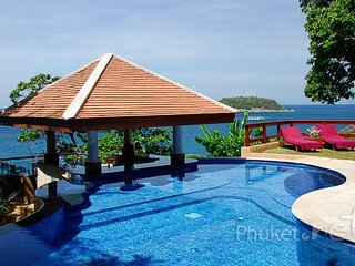 Oceanfront 4-Bed Villa in Kata, Kata Beach