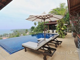 Magnificent 4-Bed Sea View Villa in Surin