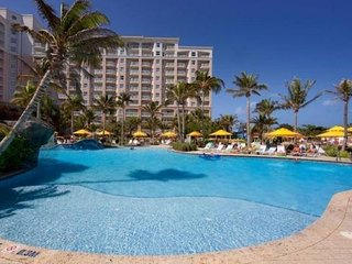 Aruba Surf Club  -Oceanfront resort with lazy River, Spa and casino