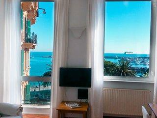 Appartamento sul mare in centro Turchese