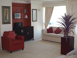 Surfers Paradise, Crown Towers Resort 2 bedroom plus study beach front apartment