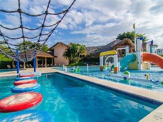 Private guest friendly 4-bedroom villa in Oceanfront resort. 24/7 security.