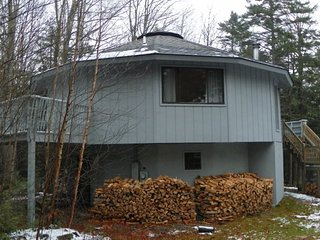 Private White Mountain Home only 5 miles to Waterville Valley Resort!, Campton