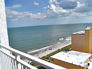 Sea Mist Resort 51405, Ocean View Condo, full kitchen, sleeps 4!