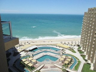 Las Palomas, Ph 2, Cabrillo 1402 - 1BD/1BA w King, Murphy & Sofa Beds, 14th Flr, Puerto Penasco