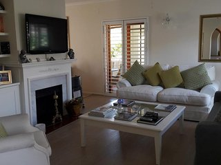 Lovely Cape Town home away from home close to everything
