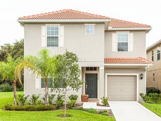 LUXURY VACATION HOME IN PARADISE(6PPS88CN42), Kissimmee