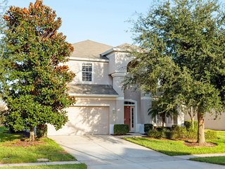 LUXURIOUS PROPERTY IN A GATED RESORT (6WHS26DS37), Kissimmee