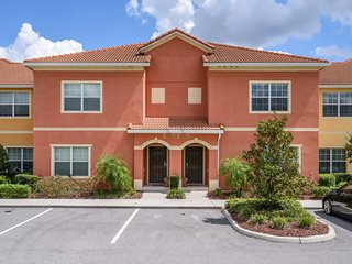 PARADISE PALMS RESORT IN KISSIMMEE (4PPT30BP79)