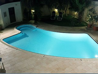 3 Bedroom Villa with Pool, Naxxar