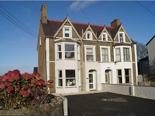 Two Yews - Large House near Morfa Nefyn Beach - Ideal for extended Families.