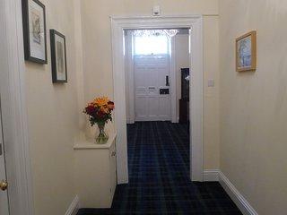 Viewmount entrance hall