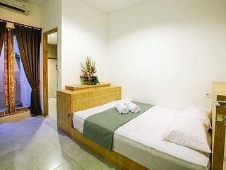 Lokal Bali Hostel Room 1