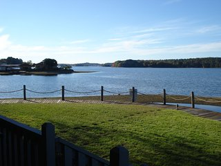 Simple Pleasures on Lake Hamilton **New to Rental Market**, Hot Springs