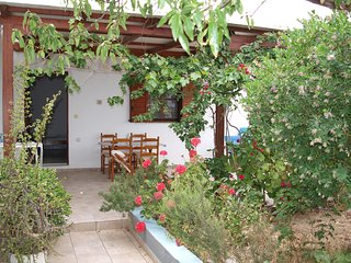 2 Bedroom Farm House in Pollonia
