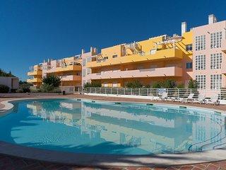 Trife Brown Apartment, Cabanas Tavira, Algarve
