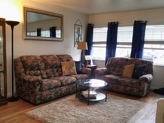 Beautiful Hudson Valley Apt, near Vassar, Marist and CIA, Poughkeepsie