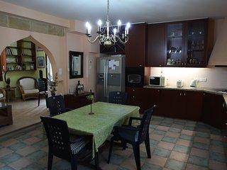 George's Villa, Nicosia