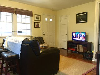 Private 2 bedroom apartment near Washington, DC, Takoma Park