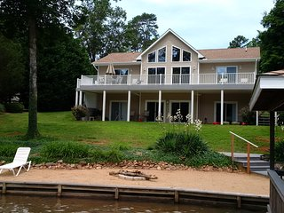 Lake Gaston Virginia, Waterfront Home, 4 Bedroom, 4 Baths, 3200 sq ft,
