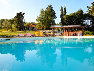 Tuscany countryside Arezzo,swimming pool, riding