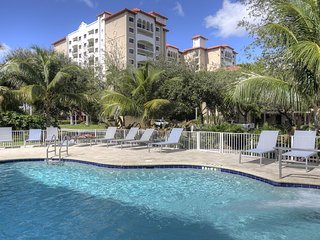 "NEW YEARS SPECIAL!! 2 Bedroom: Steps from the Beach at ""Wyndham Sea Gardens"", Pompano Beach"