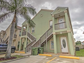 New! Alluring 2BR South Padre Island w/Pool Access