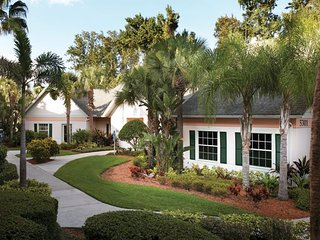 Wyndham Cypress Palms, Orlando, Christmas at Disney, Cheaper than a hotel!, Celebration