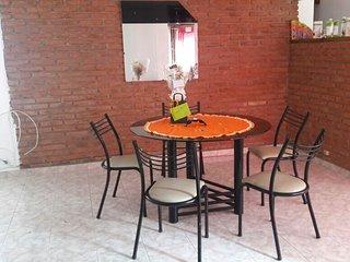 Ubicación Excecional Céntrica a metros del área Peatonal y La Cañada