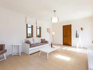 ELIA - Superior Apartment with Balcony & Terrace - Olive Grove & Mountain View