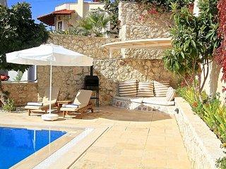 Villa Kuşak Sleeps 6 - One of Three Identical Adjacent Villas, Kalkan