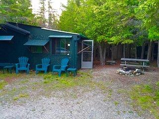Larry's Lake Retreat, Bruce Peninsula